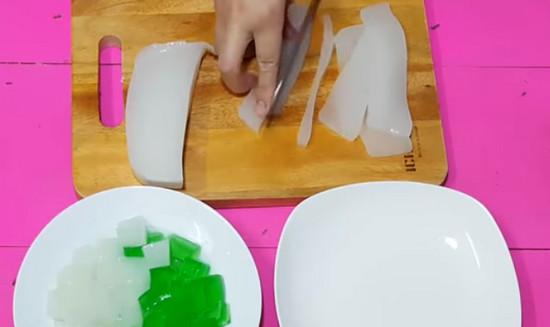 Cách làm sữa chua mít - thái thạch rau câu