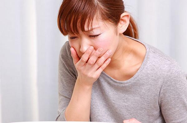 dấu hiệu nhận biết có thai sau 1 tuần - Cảm giác buồn nôn