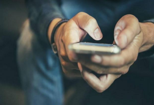 dấu hiệu crush thích bạn - Luôn trả lời tin nhắn của bạn nhanh nhất có thể