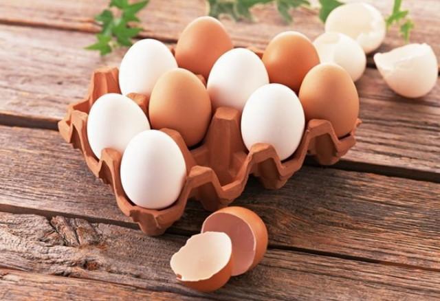 Phụ nữ sau sinh nên ăn gì - trứng gà