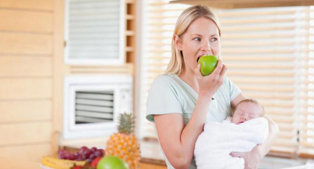 Phụ nữ sau sinh nên ăn hoa quả gì