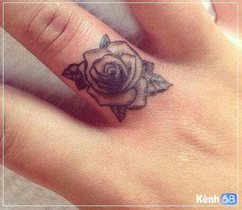 Hình xăm hoa hồng nhỏ 007