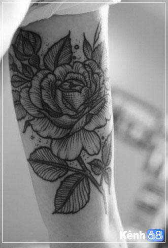 Hình xăm hoa hồng ở tay, bắp tay, bàn tay, cánh tay đẹp 008