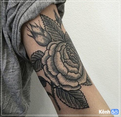 Hình xăm hoa hồng ở tay, bắp tay, bàn tay, cánh tay đẹp 010
