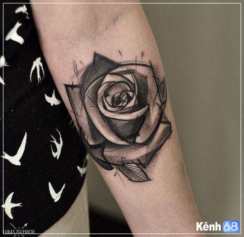 Hình xăm hoa hồng ở tay, bắp tay, bàn tay, cánh tay đẹp 011