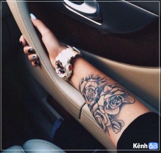 Hình xăm hoa hồng ở tay, bắp tay, bàn tay, cánh tay đẹp 015