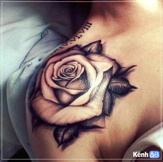 hình xăm hoa hồng ở vai 010