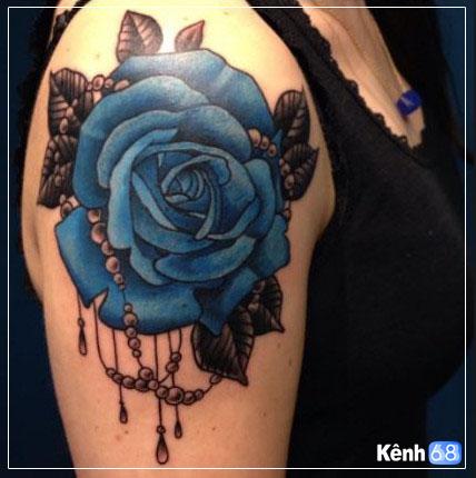 Hình xăm hoa hồng xanh đẹp 008
